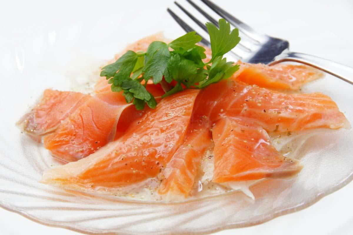 鮭魚 福岡