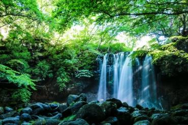 來趟涼爽的夏日之旅吧!嚴選日本關東5處夏季避暑絕景