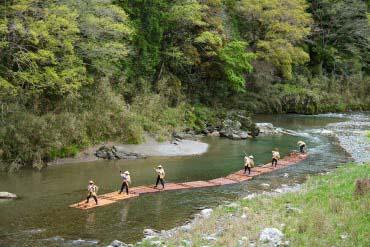 川登筏流し